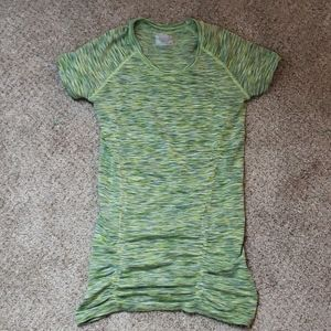 Athleta fastest track tee sz XS green space dye